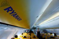 Die rassistischen Beleidigungen eines Passagiers in einem Ryanair-Flugzeug bringen Europas größte Billig-Airline in Erklärungsnot.