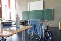 Ein Lehrer darf trotz Quarantäne-Anordnung zur Arbeit. Eine außerordentliche Erlaubnis macht es möglich.