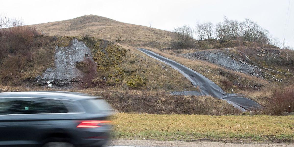 Vier Jahre nach dem Erdrutsch in Monnerich ist die Straße wieder geöffnet. Die Sanierung der Deponie steht aber erst noch bevor.