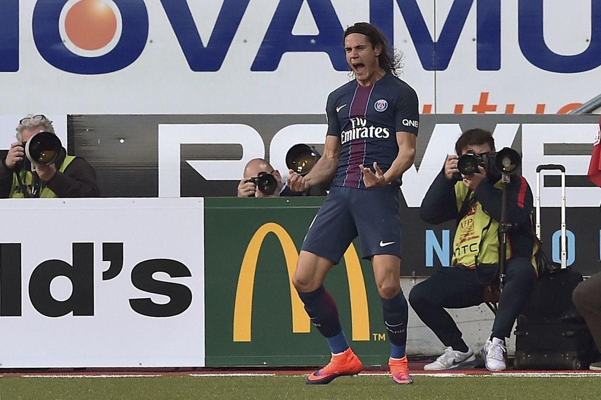 Le PSG de l'Uruguayen Edinson Cavani, qui affronte Bâle ce mercredi, fixe d'ores et déjà rendez-vous à Arsenal le 23 novembre à Londres