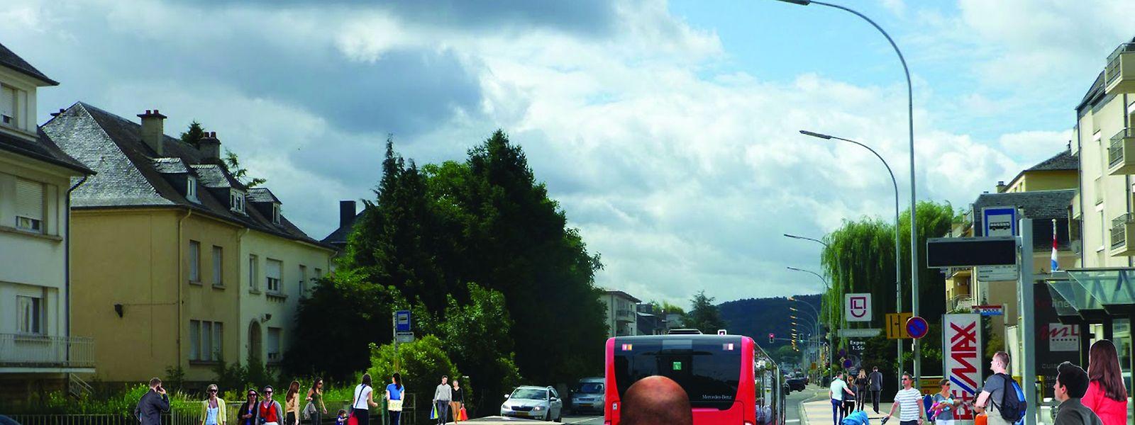 """Die Haltestelle """"Police"""" in Bereldingen: Der Gehweg könnte breiter gestaltet werden und der Bus in der Straße halten, so wie von Verkehrsexperten empfohlen."""