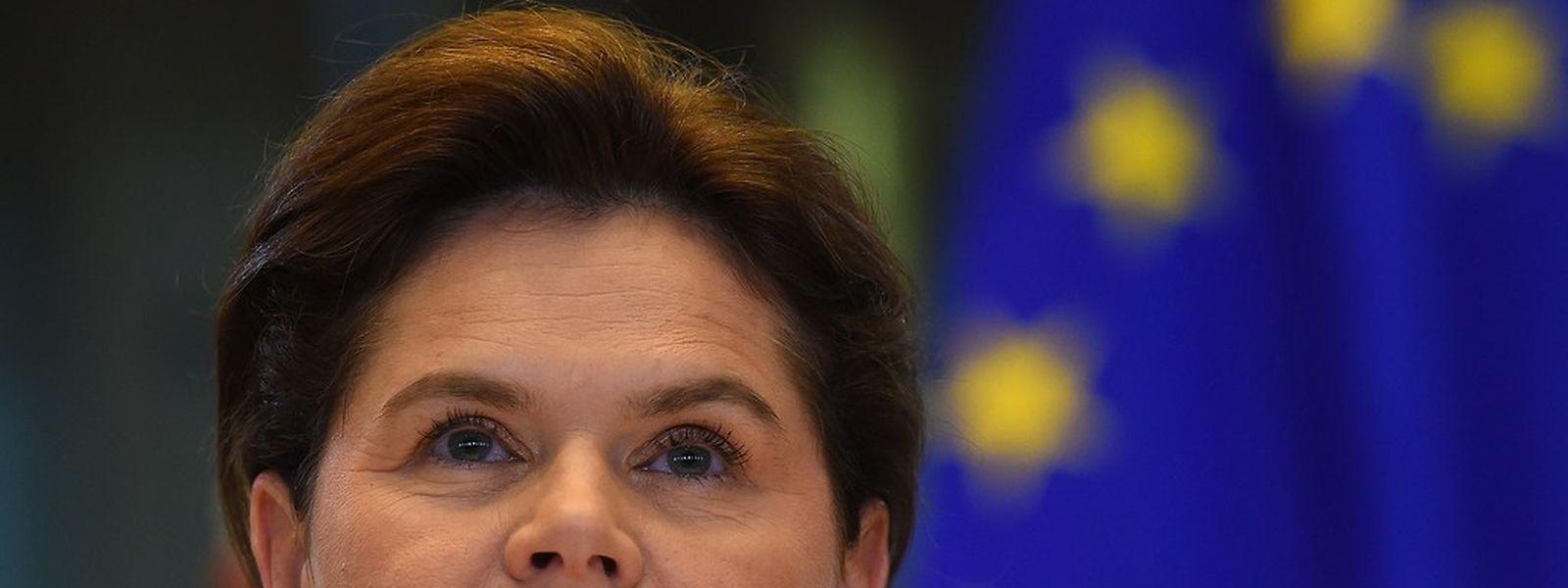 Alenka Bratusek hatte vor den Parlamentariern einen schwachen Auftritt. Ihr wird zudem vorgeworfen, sich selbst nominiert zu haben.