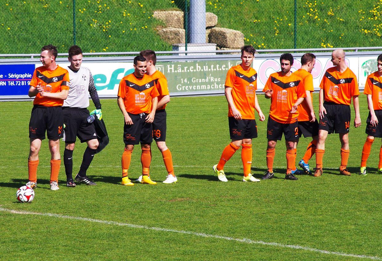 Le FC Berdenia Berbourg a été battu 1-3 par Mertert-Wasserbillig mais plus grave Jeff Oster a été durement touché et évacué vers une clinique.