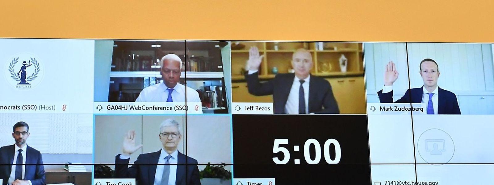 Jeff Bezos (Amazon), Mark Zuckerberg (Facebook), Sundar Pichai (Google) und Tim Cook (Apple) während einer Videokonferenz mit US-Kongressabgeordneten.