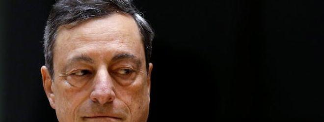 Mario Draghi adiantou que prevê que a economia da moeda única cresça agora 1,6%, menos do que os 1,7% previstos em Junho