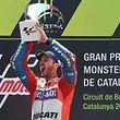 Andrea Dovizioso hurle son bonheur sur le podium de Barcelone.