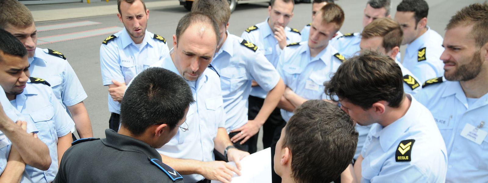 Das Interesse an einer Karriere bei der Polizei hat nach einer Abänderung der Prozeduren und einer breiten Öffentlichkeitskampagne deutlich zugenommen.