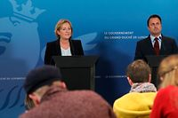 Die Regierung nutzt die live gestreamten Pressekonferenzen gerne als Mittel zur Selbstinszenierung.