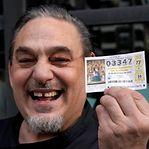 """""""El Gordo"""". Maior prémio de lotaria está entregue em Espanha"""