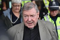 Kardinal George Pell droht im Extremfall eine jahrzehntelange Haftstrafe.