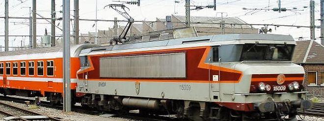 Erst 2011 war die Zahl der EuroCity-Verbindungen von drei auf zwei Züge pro Tag heruntergefahren worden.