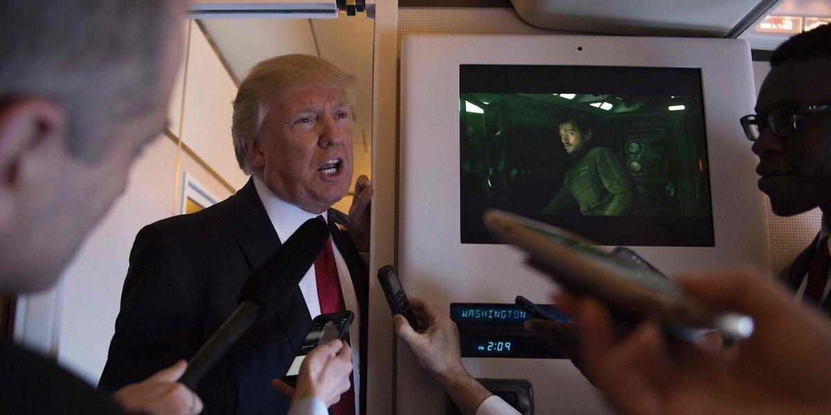 Donald Trump a déclenché jeudi des frappes contre la Syrie en riposte à une attaque chimique présumée imputée au «dictateur Bachar al-Assad», le président américain exhortant les «nations civilisées» à faire cesser le carnage dans ce pays en guerre.