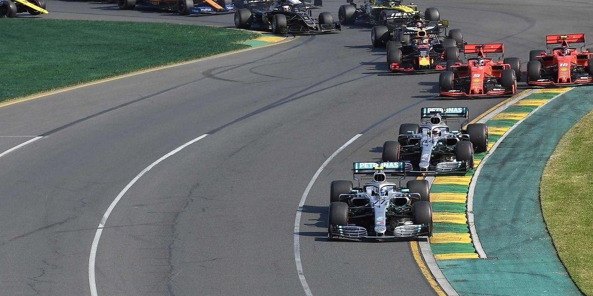 Valtteri Bottas et Mercedes ont dominé le premier rendez-vous de la saison.