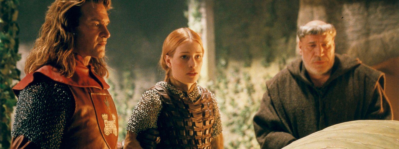 Patrick Swayze beim Filmdreh in Luxemburg. Garth (Patrick Swayze), Prinzessin Lunna (Piper Perabo) und Bruder Bernard (Jean-Pierre Castaldi) haben eine Begegnung der unheimlichen Art.