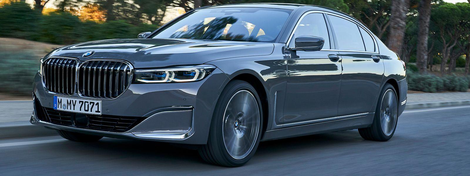 Der aufgefrischte BMW 7er ist vor allem an der wuchtigen Front zu erkennen.