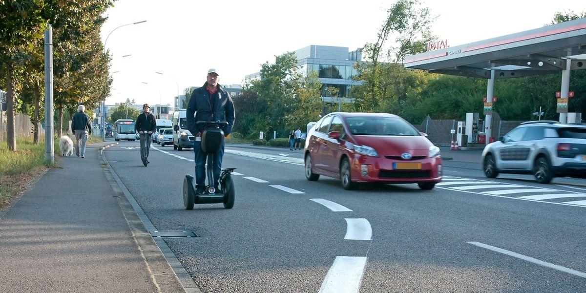 Wie Radfahrer dürfen auch Segwayfahrer die Busspur benutzen - wenn dies explizit erlaubt ist.