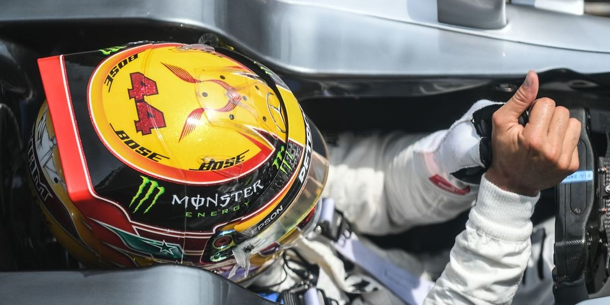 Lewis Hamilton wird in Malaysia von der Pole-Position starten.