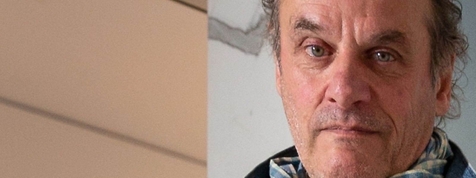 Roland Schauls stellt derzeit in der Galerie Clairefontaine aus.