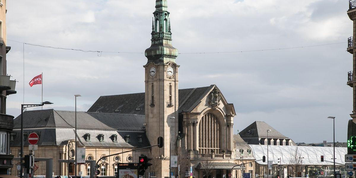 Der Hauptbahnhof ist Ausgangspunkt unseres Spaziergangs durch den Stadtteil.