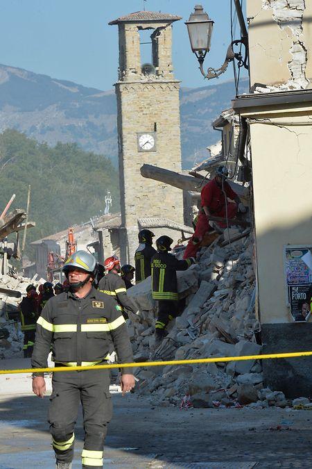 Die Kirche Sant'Agostino im Zentrum von Amatrice ist wie der größte Teil der Gebäude im Ort weitgehend zerstört.
