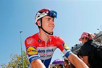 "ARCHIV - 28.08.2019, Spanien, L'Eliana: Radsport: UCI WorldTour - Vuelta a Espana, L'Eliana - Observatorio Astrofisico de Javalambre (170,70 km), 5. Etappe. Fabio Jakobsen aus den Niederlanden vom Deceuninck - Quick-Step vor der Etappe. (zu dpa: ""Schwere Gesichtsverletzung bei Radprofi Jakobsen - Kritik von Geschke"") Foto: Yuzuru Sunada/BELGA/dpa +++ dpa-Bildfunk +++"