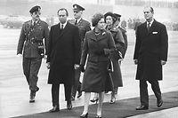 Ankunft von Queen Elizabeth II. und Prinz Philip auf dem Flughafen Luxemburg.