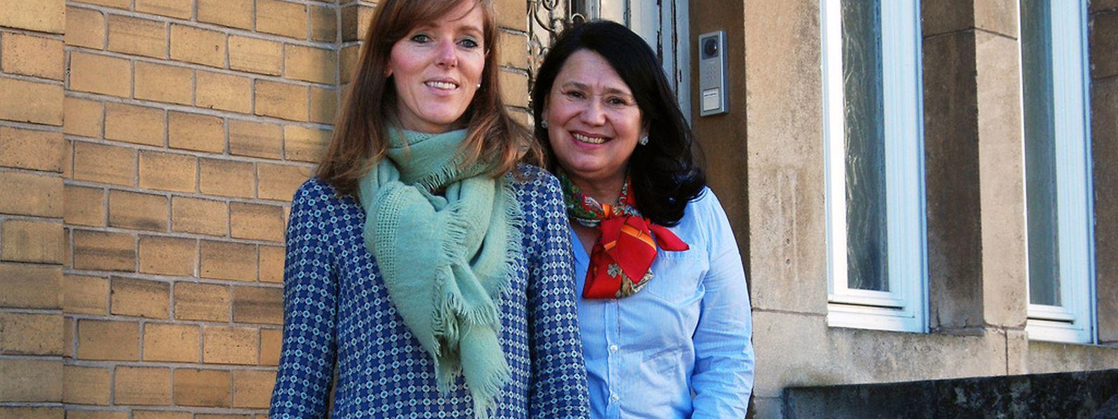 """Simone Thill (à esquerda, na foto) e Maria Berg, respectivamente presidente e secretária da associação """"Trauerwee"""" (Caminho do luto, em luxemburguês), respectivamente"""