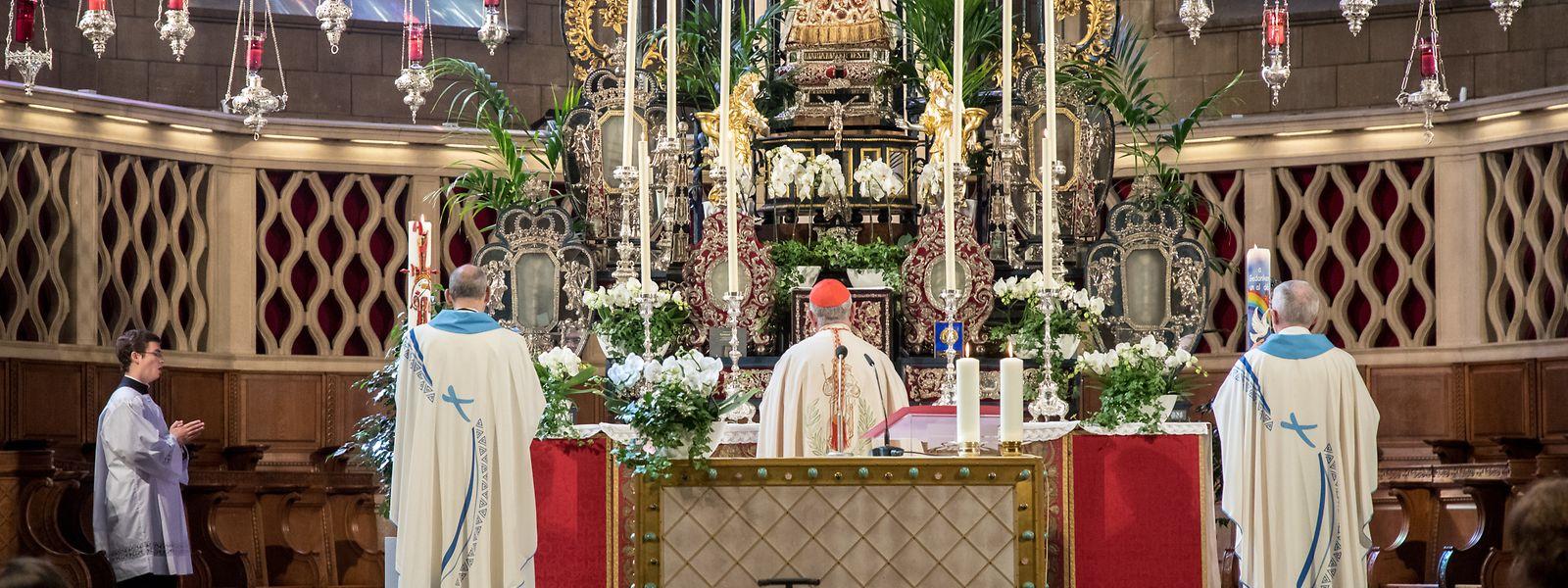 Kardinal Jean-Claude Hollerich hatte am Sonntag beim Abschlussgottesdienst der Oktave das weiterhin geltende Verbot der Messen scharf kritisiert.