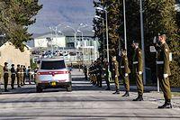 Les sous-officiers défunts quittent la Caserne Grand-Duc Jean