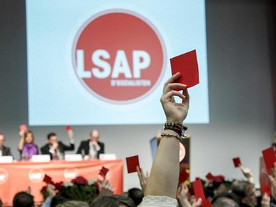 """Kein """"back to the roots"""": Die Parteiführung der LSAP sieht im Lichte der jüngsten Umfragen keinen Grund für einen Kurswechsel."""