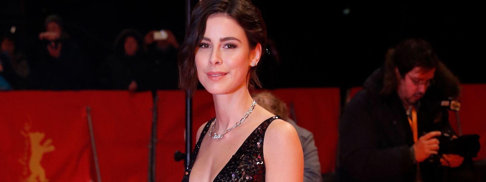 """Eine TV-Show ebnete Lena Meyer-Landrut den Weg zum ESC, bei dem sie 2010 mit dem Song """"Satellite"""" ganz Europa verzauberte. Jetzt ist sie selbst Jurymitglied einer Casting-Show."""