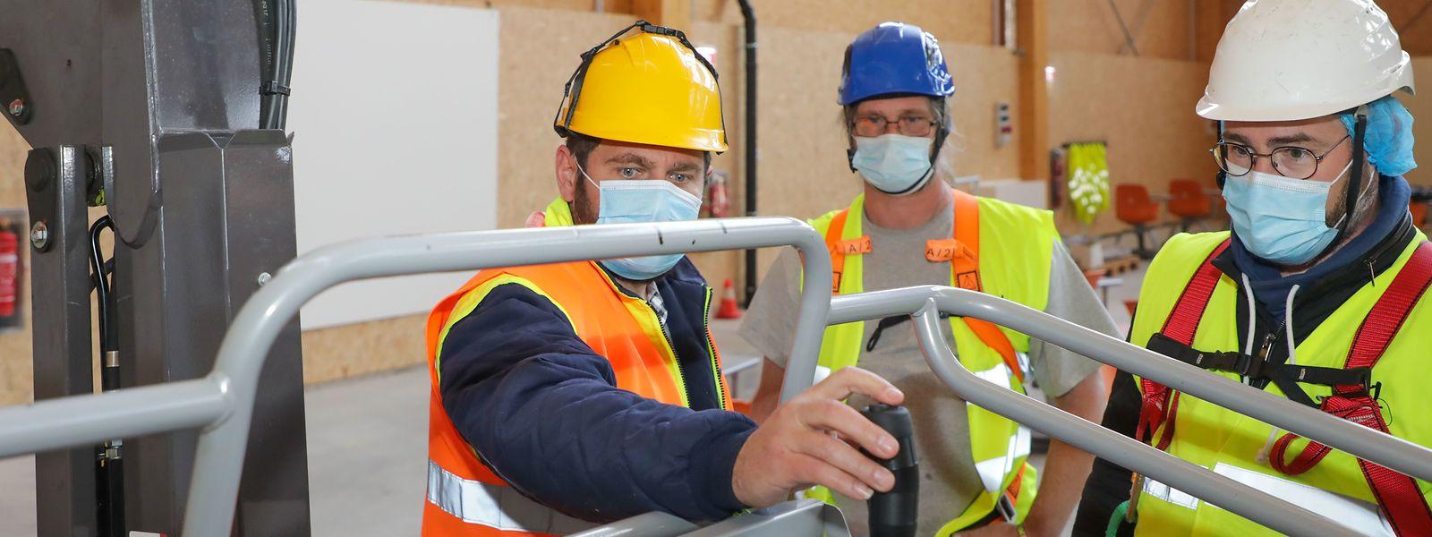 """Ouvert depuis quelques mois, le nouveau centre de compétences """"Génie technique du bâtiment"""" devra soutenir la formation de salariés à la pointe des nouvelles attentes en matière environnementale."""