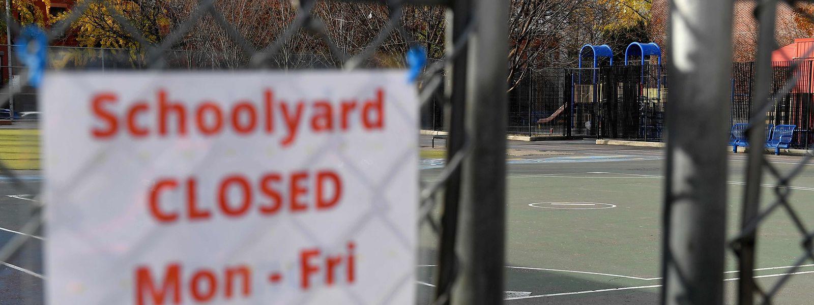 In New York wurden wegen der steigenden Corona-Zahlen die Schulen erneut geschlossen.