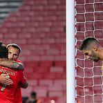 Benfica vence Moreirense e junta-se ao Santa Clara na liderança da I Liga