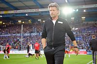 BIELEFELD, GERMANY - AUGUST 21: Head coach Jeff Saibene of Bielefeld looks leaves the pitch prior to the Second Bundesliga match between DSC Arminia Bielefeld and VfL Bochum 1848 at Schueco Arena on August 21, 2017 in Bielefeld, Germany.  (Photo by Thomas Starke/Bongarts/Getty Images)