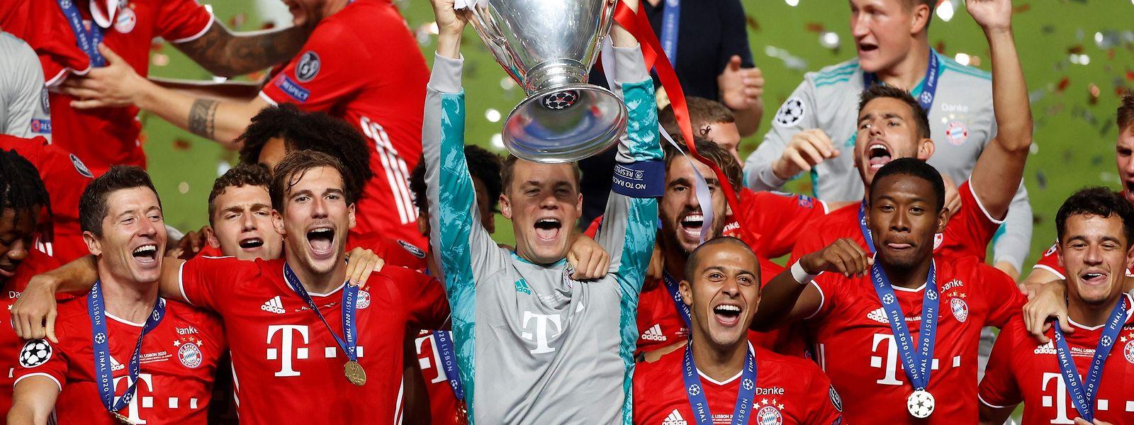 Der FC Bayern holt den Henkelpott zum sechsten Mal in der Vereinsgeschichte.