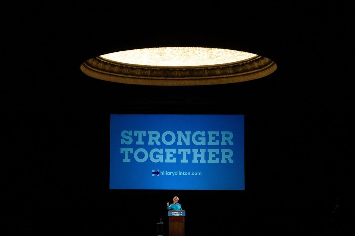Hillary Clinton liegt nach letzten Umfragen vorne.