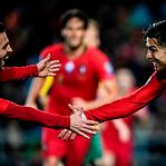 Portugal goleia Lituânia com 'hat-trick' de Cristiano Ronaldo