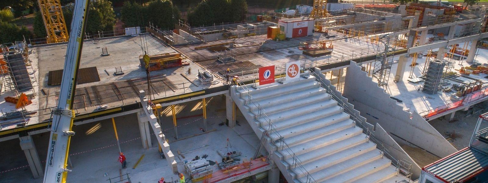 Des entreprises luxembourgeoises participent à la rénovation du stade Saint-Symphorien.