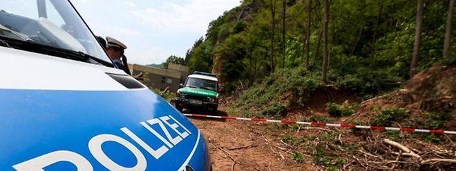 Polizei am Fundort der menschlichen Überreste von Tanja Gräff.