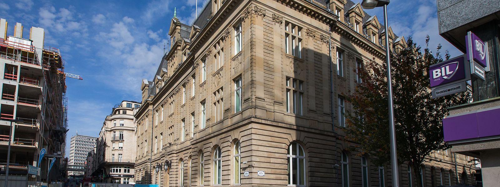 """Während am """"Aldringen"""" das Projekt Royal-Hamilius entsteht, ist das Hôtel des Postes bis dato noch unverändert geblieben."""