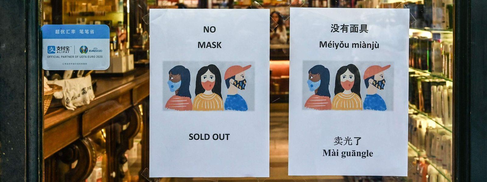 En Italie, certaines pharmacies sont en rupture de stock de masques de protection.