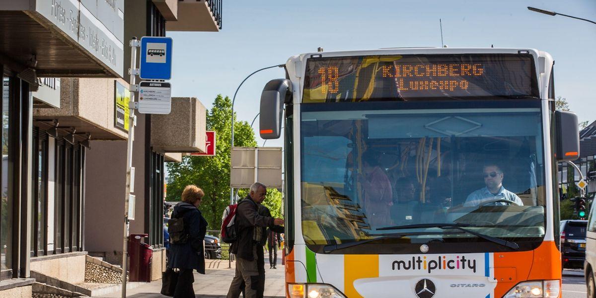 Wer ausreichend Zeit mitbringt, kann auf den Komfort des öffentlichen Transports zurückgreifen.
