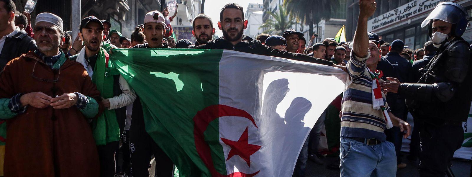 Anti-Regierungs-Demonstration in Algiers.
