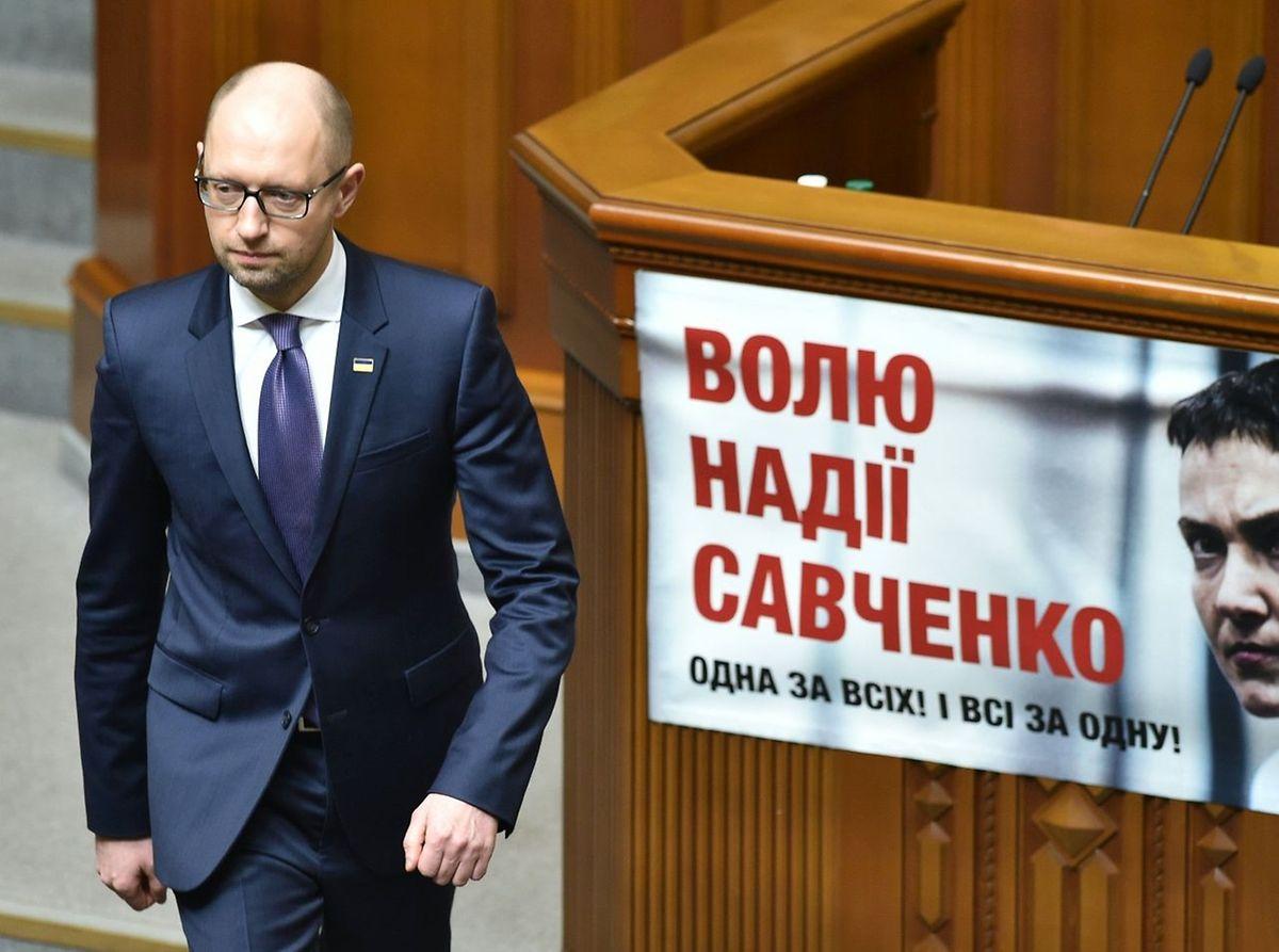 Jazenjuk hatte nach monatelangem Druck am Sonntag seinen Rücktritt erklärt.
