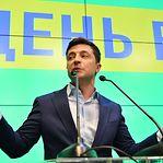 Zelensky pede mais sanções contra a Rússia