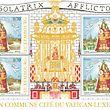 Nennwert der Briefmarke in Luxemburg ist 0,70 € während die vatikanische Ausgabe 1 € beträgt.