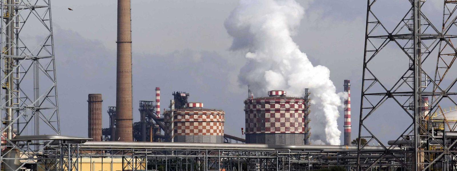 Das Stahlwerk in Tarent gilt als das größte in ganz Europa.