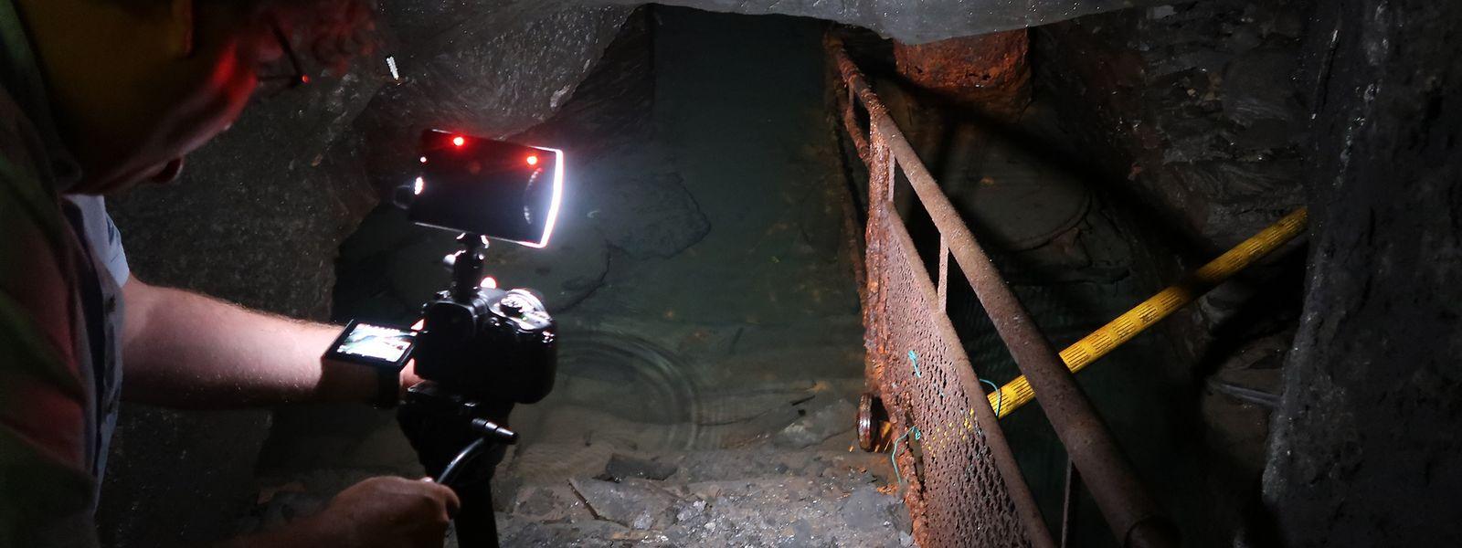 Pour l'heure le visiteur peut descendre jusqu'à 12 mètres sous terre seulement. L'eau de la nappe phréatique l'empêche d'aller plus loin.