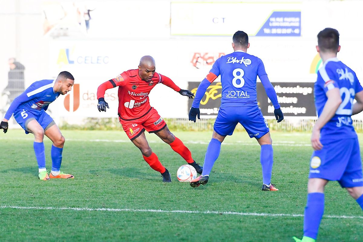 Florent Malouda a disputé son premier match officiel pour Differdange face à l'US Esch.
